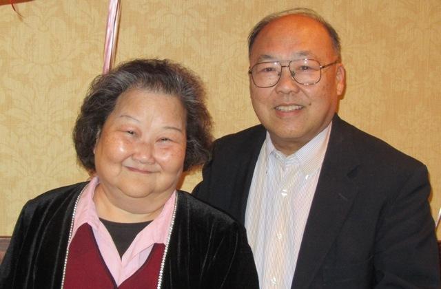 副會長邱志健牧師和師母合照