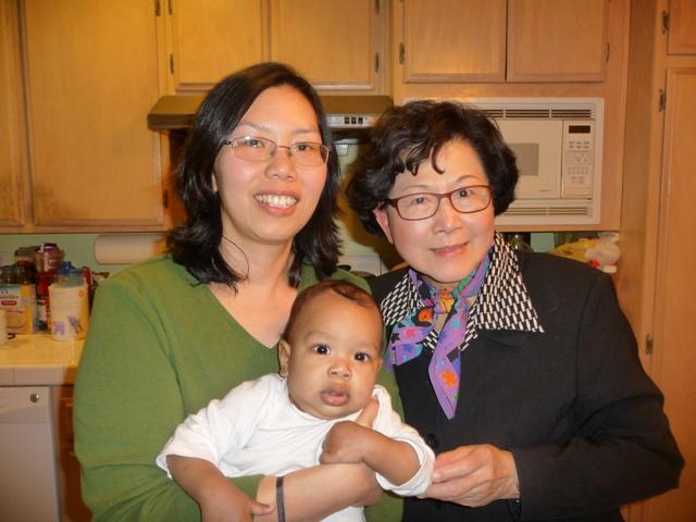 凱萍、安安與李師母過年時在洛杉磯合影